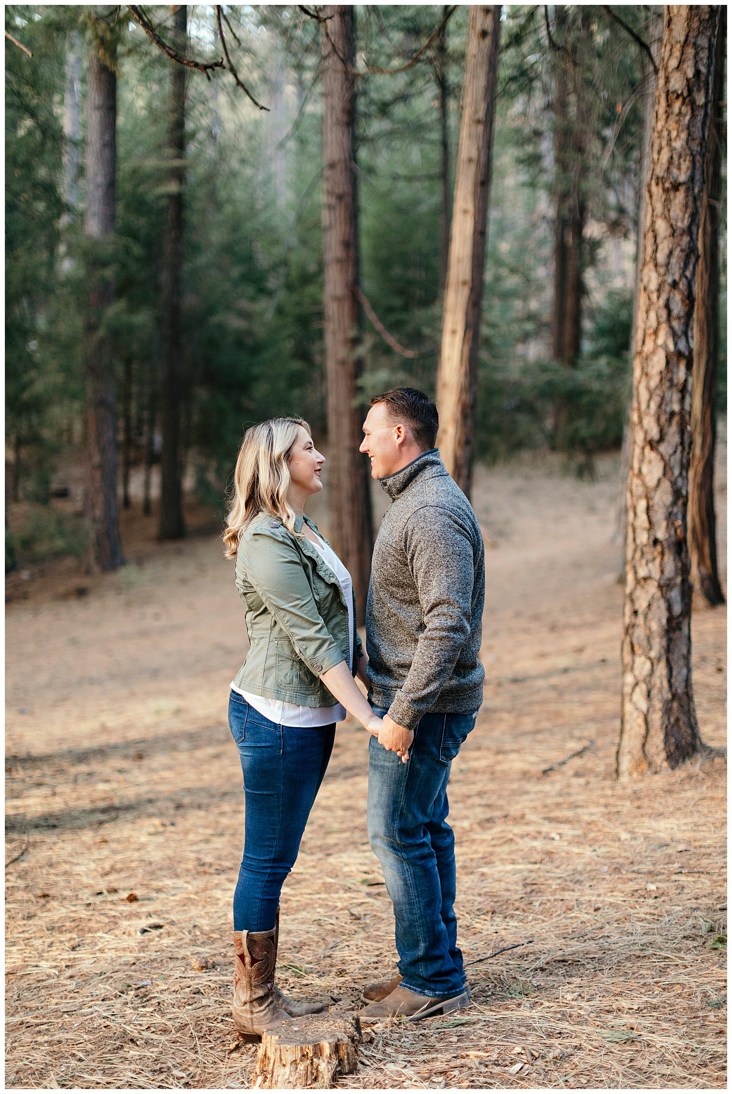 engagement photography in El dorado national forest